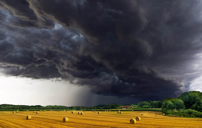 Storm Cloud Image
