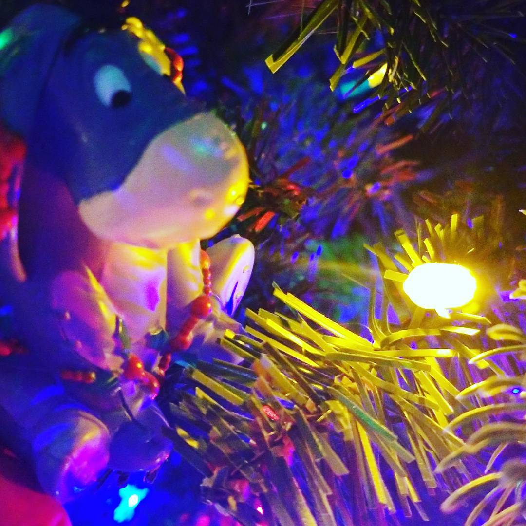 Picture of Eyore ornament with holly in tree
